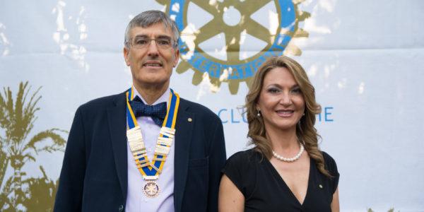 Presidentes Salientes y Entrantes: José Pastor Rosado y María José Hidalgo Navarro.