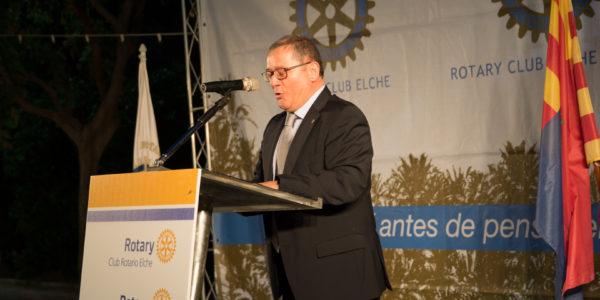 Juan Carlos Romero Centurión: Mantenedor del acto y actual Secretario del Club Rotario de Elche.